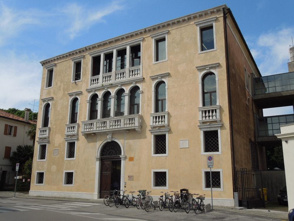 Palazzo Altan-Venanzio